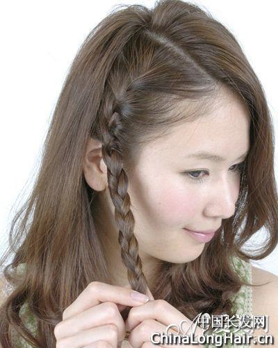 中长发发型扎法 示范超甜美人气编发