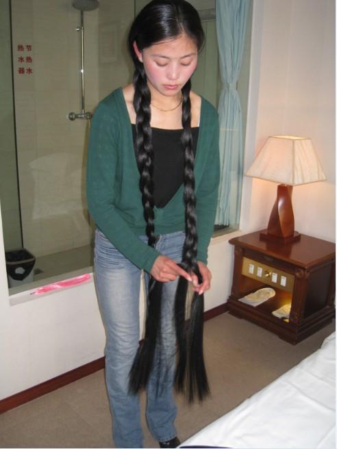 藏族长发姑娘美朗多吉-1图片