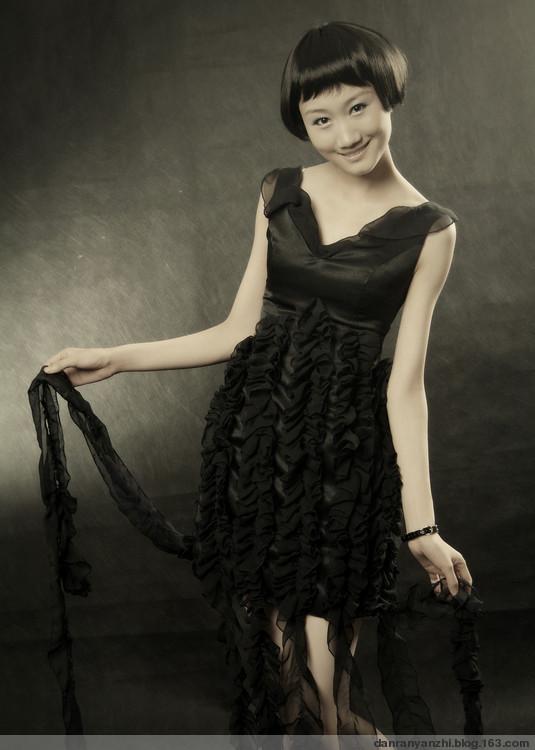 上一组图片: 小可爱 下一组图片: 清纯之恋 图片录入:中国长发网