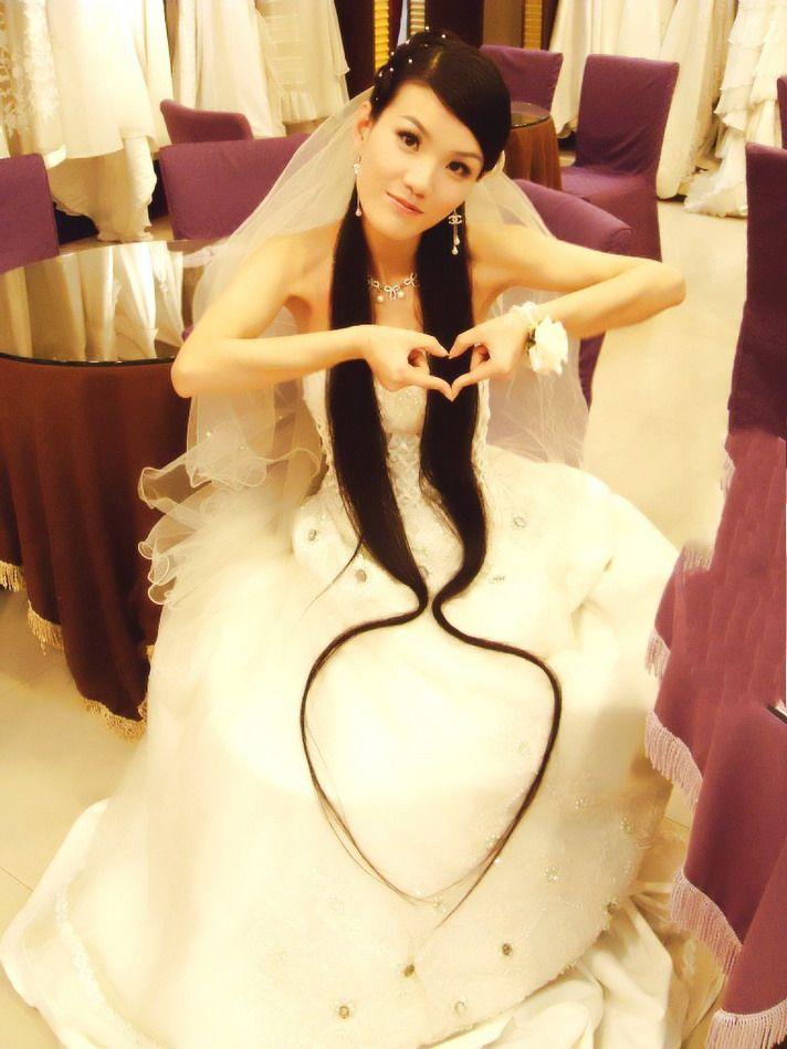 可儿琪琪长发婚纱照图片