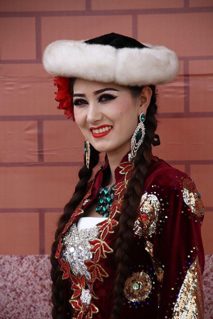 新疆长辫子美女迅雷下载绝色美女杨贵妃图片